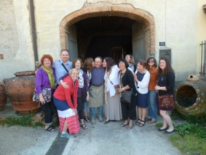 Group of ceramicists visiting Mario Mariani in Impruneta, in front of his wood firing kiln