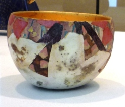 Bowl with lustre