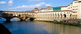 Vasari corridor as seen from the Arno river